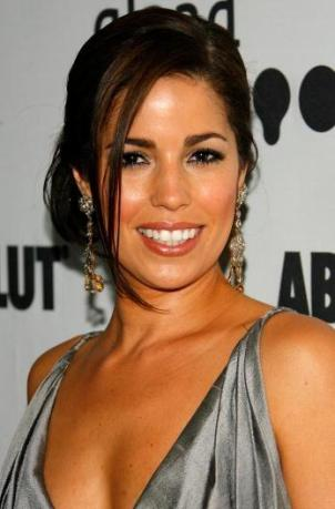 "Ugly Betty. Ana Ortiz Reveals ""Ugly Betty"""